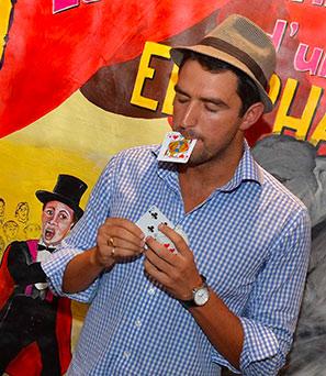Magicien Bordelais Romain KEy